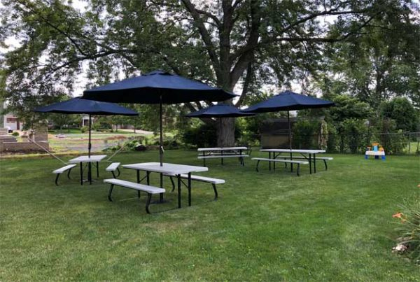 Picnic table rentals chicago